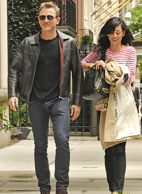 Daniel Craig and girlfriend Satsuki Mitchell seen walking on 5th Avenue in New York City.